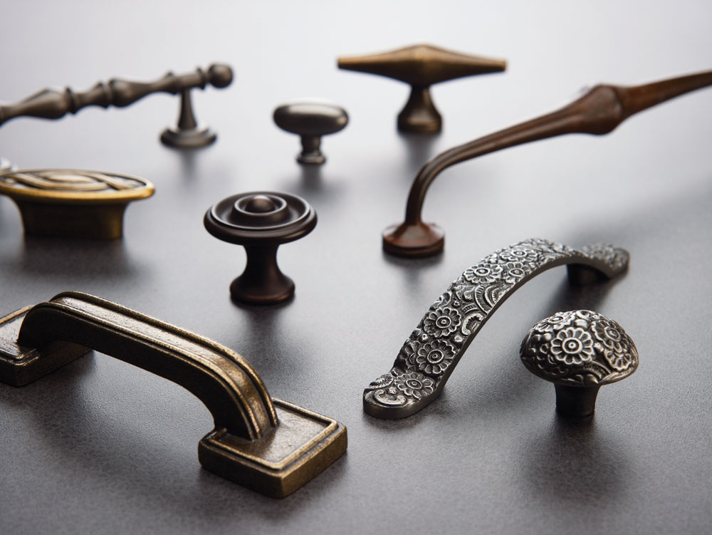 Decorative_hardware