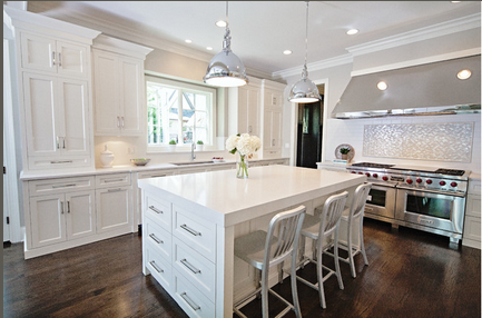 Brakur_White_Kitchen