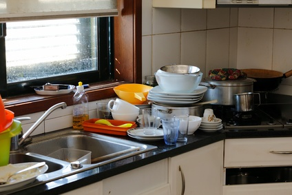 Brakur_kitchen_clutter.jpg
