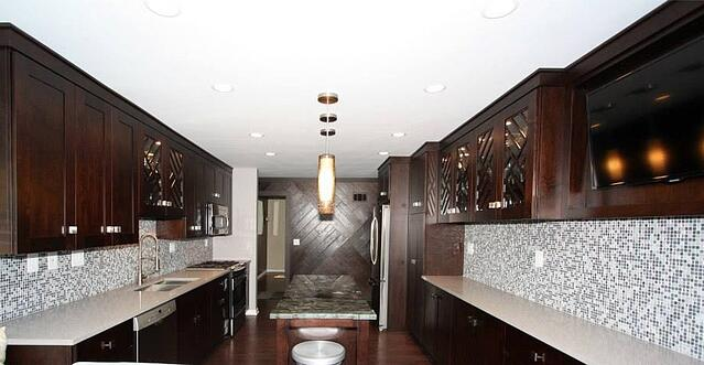 brakur_galley_kitchen_2.jpg