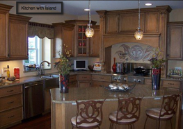 brakur_kitchen_with_island_2